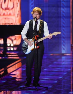Ed-Sheeran-au-defile-Victoria-s-Secret-2014_visuel_galerie2_ab