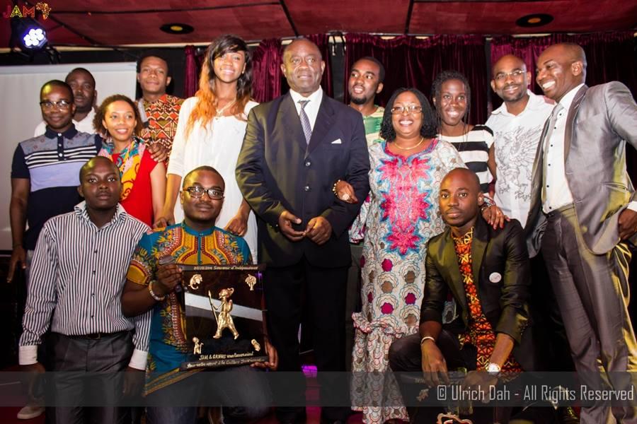 souvenirs_d_indépendance_jeune_africain_moderne