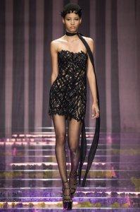 versace-couture-fall-2015-lineisy_montero_feliz