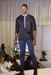 magbi_désiré_ethnik_mode_fashion_show_carlos_desaules_abidjan_pagnifik_hervé_nguessan